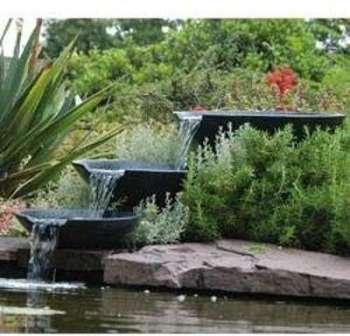 Cascade naturelle pour bassin