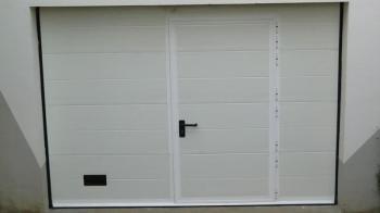 Porte de garage à double rainure