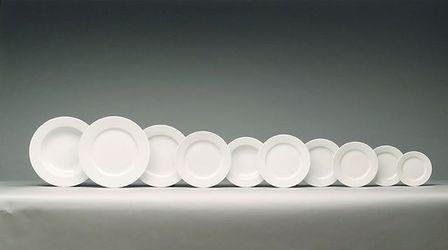 Assiette plate ronde blanche