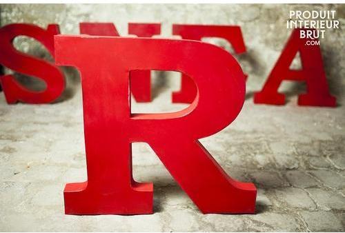Lettre decorative R