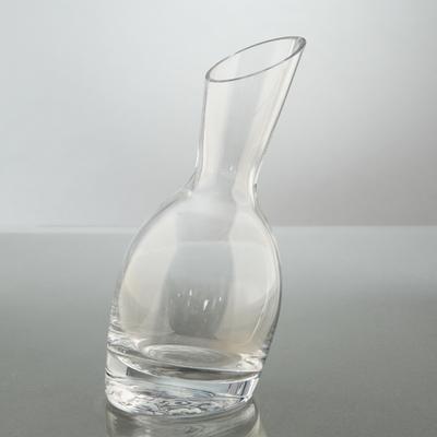 Carafe inclinée en verre 21