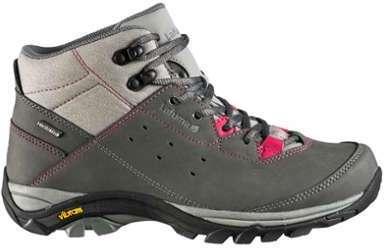 Chaussures Montantes De Randonnée