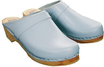 Sabots cuir bleu clair