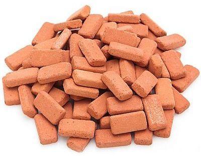 Briques en terre cuite rouge