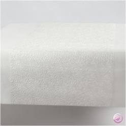 Chemin de table en fils blanc