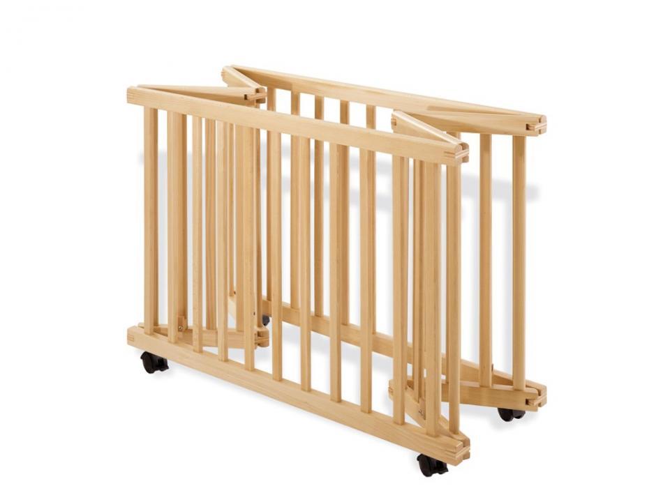 geuther parc pliable bois blanc euro parc et tapis zbre 1. Black Bedroom Furniture Sets. Home Design Ideas