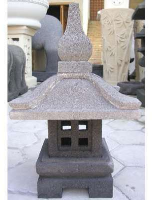 Lanterne de jardin japonais