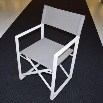 Lot de 2 fauteuils metteur