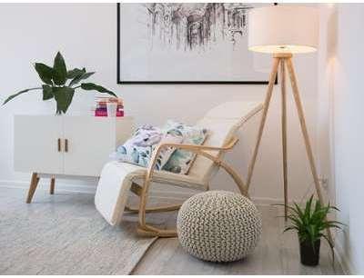 Chaise à bascule ivoire design