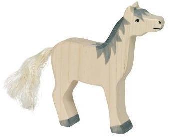 Cheval blanc en bois debout