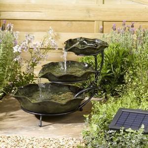 Fontaine cascade solaire LilyPad