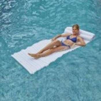 Matelas de piscine design