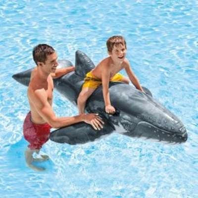 Baleine bleu gonflable à chevaucher