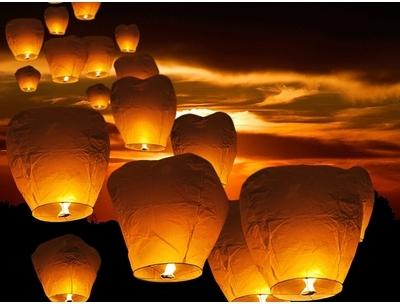 Lanternes volantes - lampions