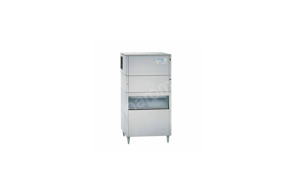 Machine à glaçons et glace