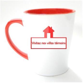 Mug conique rouge personnalisé