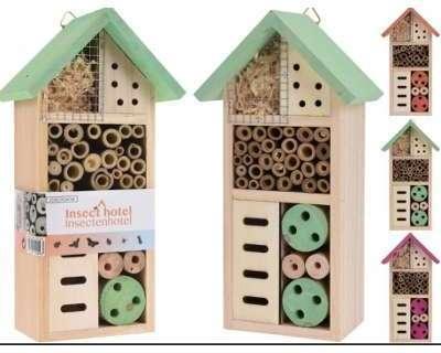 Hôtel à insectes en bois naturel