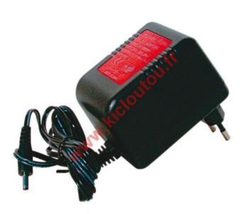 Adaptateur Secteur 900505
