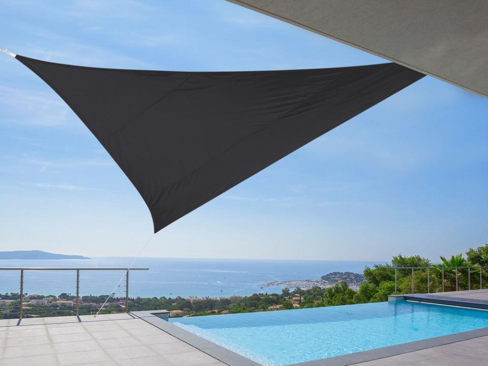 Catgorie parasol page 3 du guide et comparateur d 39 achat - Voile d ombrage triangulaire ikea ...