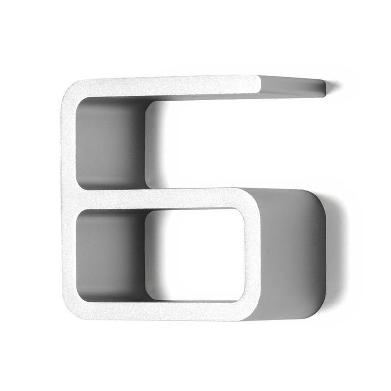 Authentics - Numéro 6 - aluminium