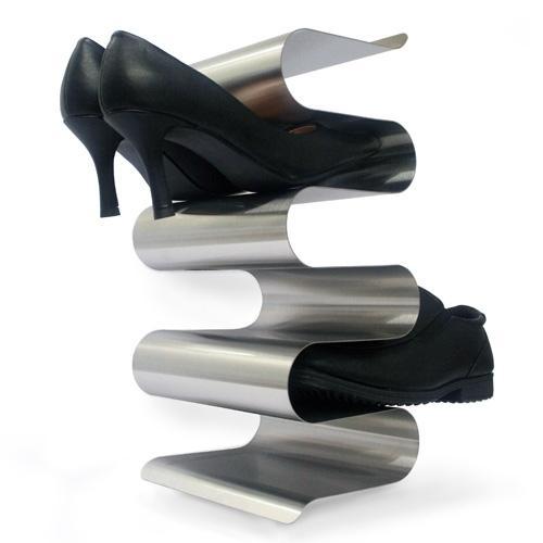 tagère à chaussures nichée