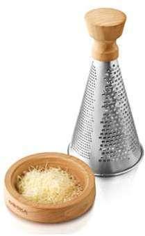 Râpe à fromage manche en bois