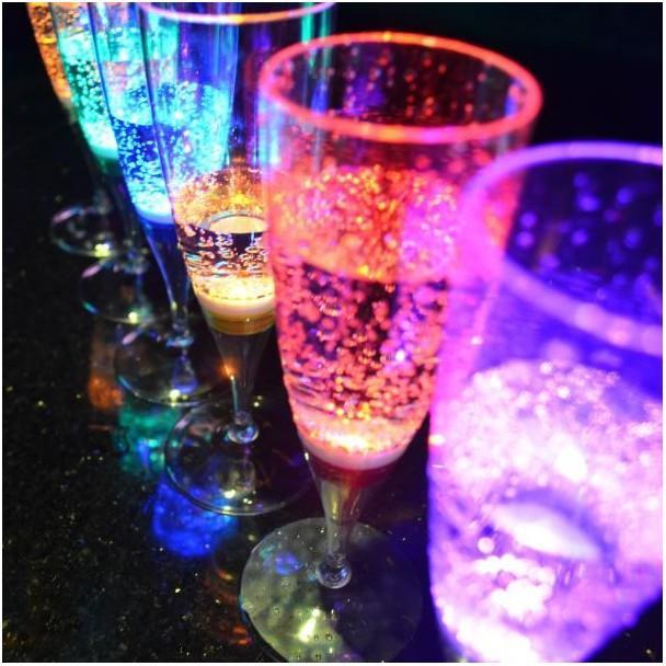 Coupe de champagne avec LED
