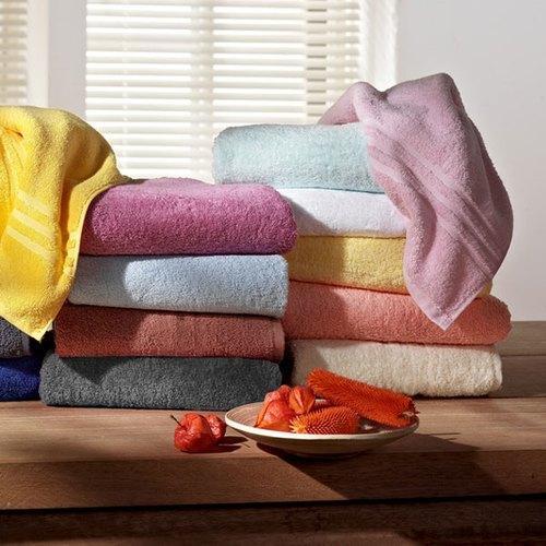 catgorie serviettes de toilette du guide et comparateur d 39 achat. Black Bedroom Furniture Sets. Home Design Ideas