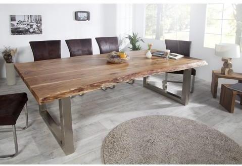 Table à manger en bois massif