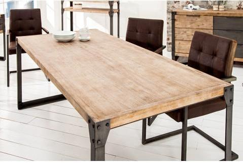 Table repas en bois massif