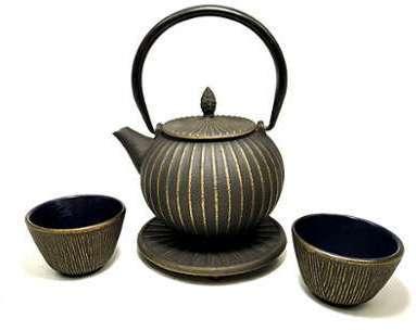 Service à thé en fonte avec