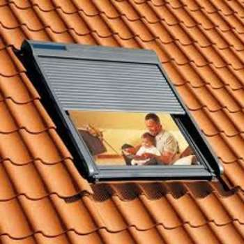 Volet roulant solaire Velux
