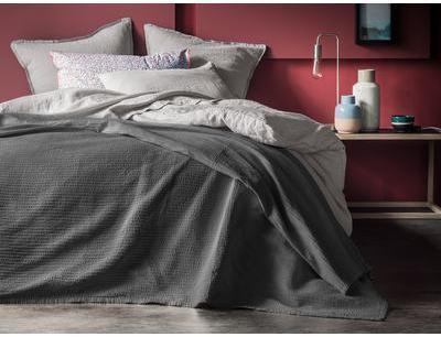 cat gorie couvre lits marque blanc cerise page 1 du guide et comparateur d 39 achat. Black Bedroom Furniture Sets. Home Design Ideas