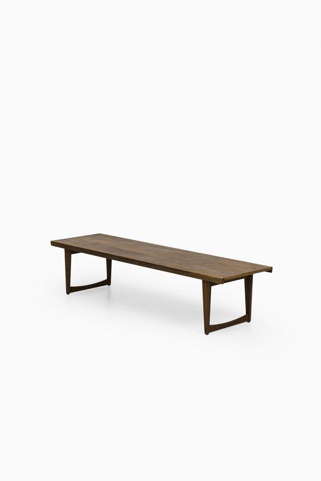 Fermob grande table basse banc de jardin luxembourg for Banc en teck pour jardin