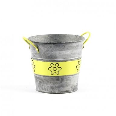 chalet clot de 2 pots de fleurs en r sine finition tricot. Black Bedroom Furniture Sets. Home Design Ideas