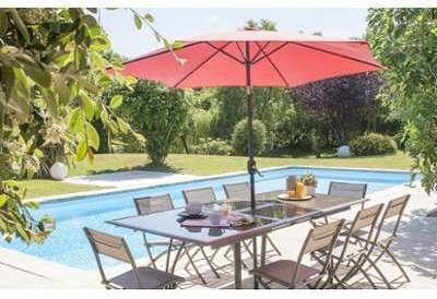 collection parasol bois manivelle en toile polyester avec chemin e couleur gris. Black Bedroom Furniture Sets. Home Design Ideas